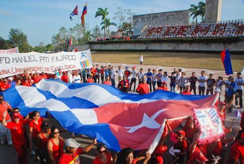 Los villaclareños desfilaron unidos este 1ro de mayo.